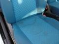 lavaggio sedile blu prima